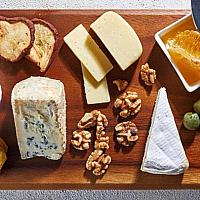 Selection of 4 Cheeses