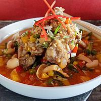 65 Szechuan Peppercorn & Chili with Beef Tenderloin  (เนื้อผัดซอสเสฉวน)