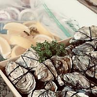Party Box_50 pcs fresh shucked oyster from France or Japan