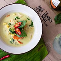 Vegan green curry with omnipork