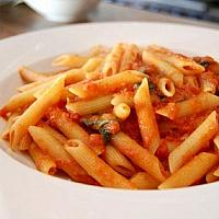 Penne tomato and basil
