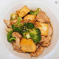 Chicken tofu and broccoli