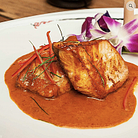 Grill salmon in Panaeng Curry