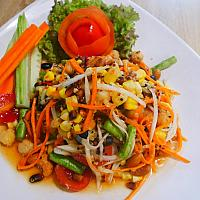 Spicy Quinoa Papaya Salad