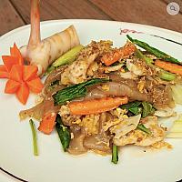 Stir-fried large noodle