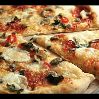 31. Puttanesca pizza