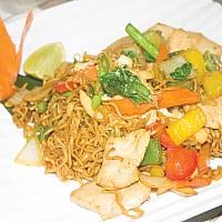 Mama noodles with chicken