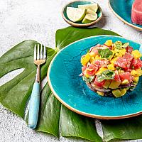 Mango Avocado Raw Tuna Salad