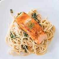 Pasta with spicy Salmon