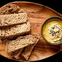 Hummus Dip & Toast