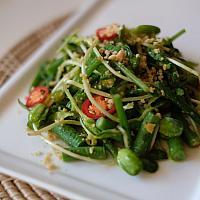 Spicy Wawa Salad (Myanmar Style)