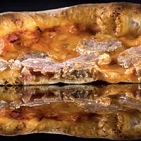 "Pizza Italian style ""Salsiccia"""