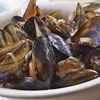 Mussels Red Onion หอยแมลงภู่กับหอมแดง