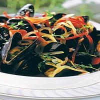 Mussels Peppers หอยแมลงภู่กับพริกหวาน