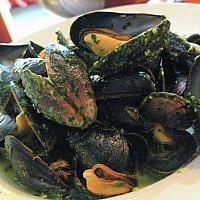 Mussels Pestoหอยแมลงภู่กับเปสโต