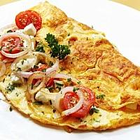 OMELET, WITH TOMATO AND ONION