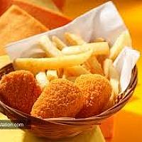 CHICKEN NUGGETS WITH FRENCH-FRIES