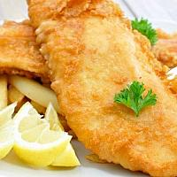 FISH & CHIPS WITH TARTAR SAUCE