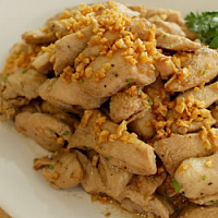 Stir-fried with garlic and peppercoms