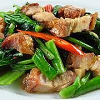 Stir-Fried Crispy Pork with Kale and Oyster  Sauce
