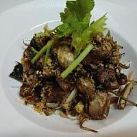 Fried Garlic Pepper chicken or pork