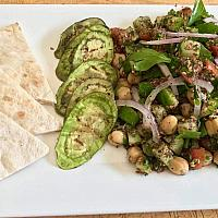 Za'ata Chickpea salad (VEGAN)