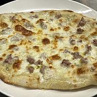 4 Cheese whit Italian Sausage