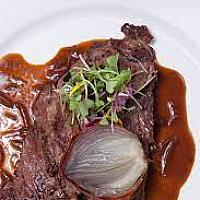 Bavette grillée, sauce échalote, gratin Dauphinois