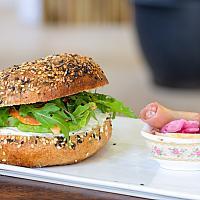 Bagel sandwich (smoked salmon, dill)