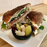 Ciabatta Sandwich (salami,Ham)