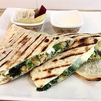 Quesadilla (Chicken ,Spinach)