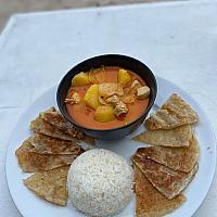 Massaman Chicken, Roti's with rice
