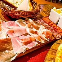 Mix Cheese & Cold Cuts served with bread