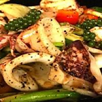 Stir-Fried Squid with Black Pepper