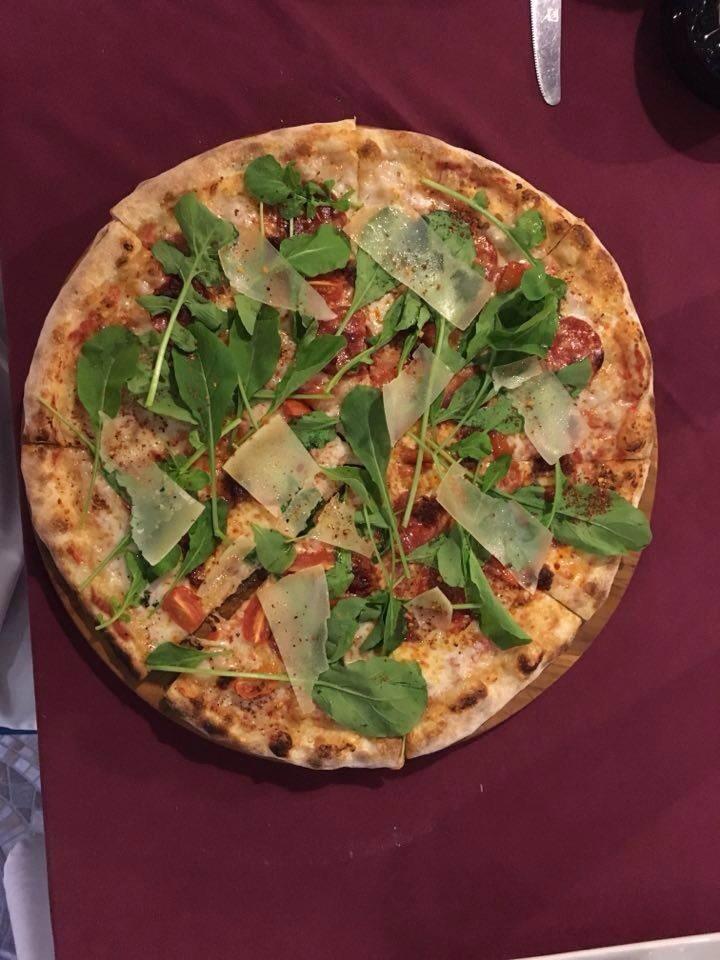 Pomodoro ( House Pizza )