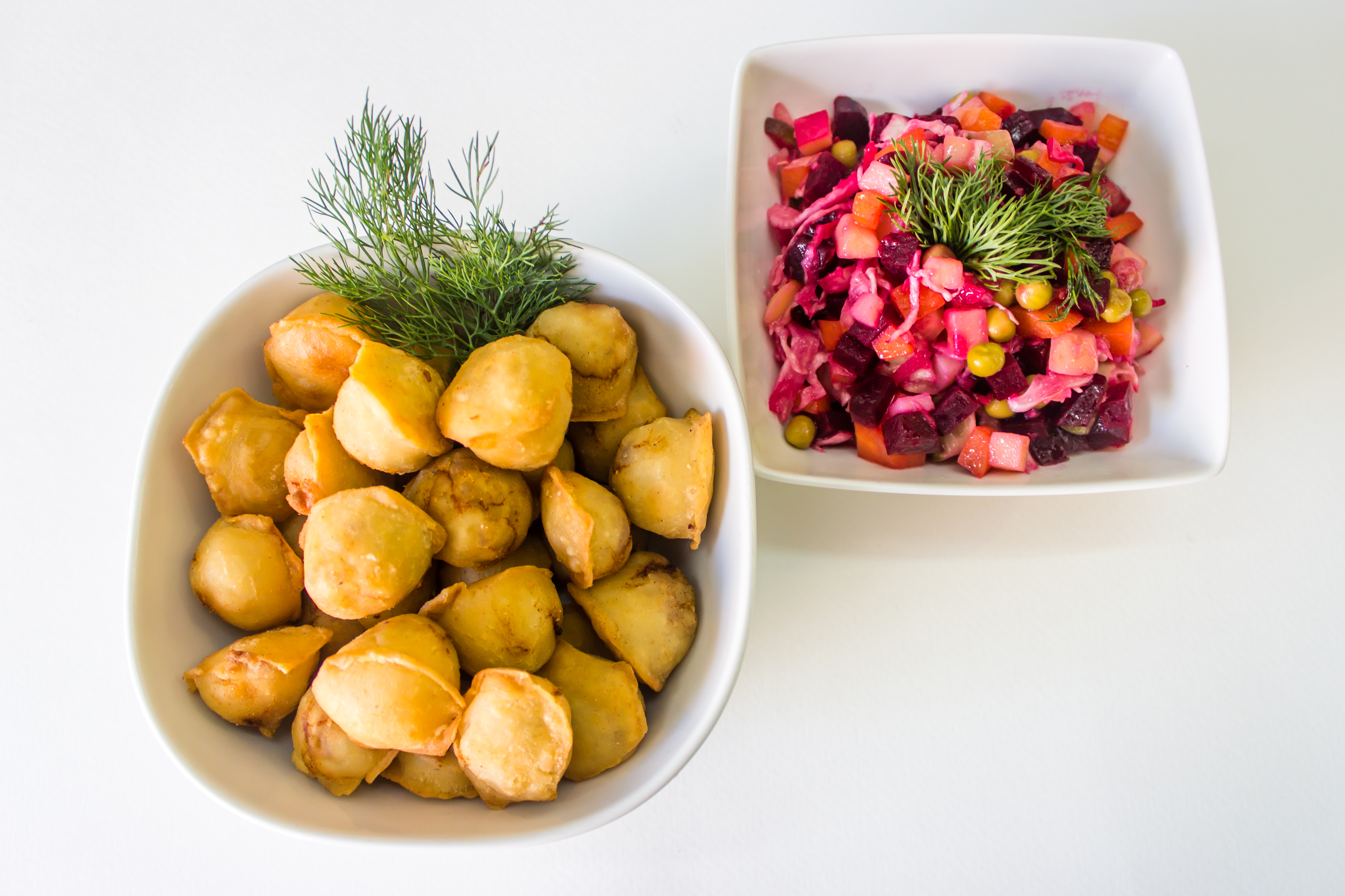 Fried dumplings + beetroot salad (Vinegret)
