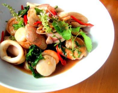 Pad Kra Pao Seafood