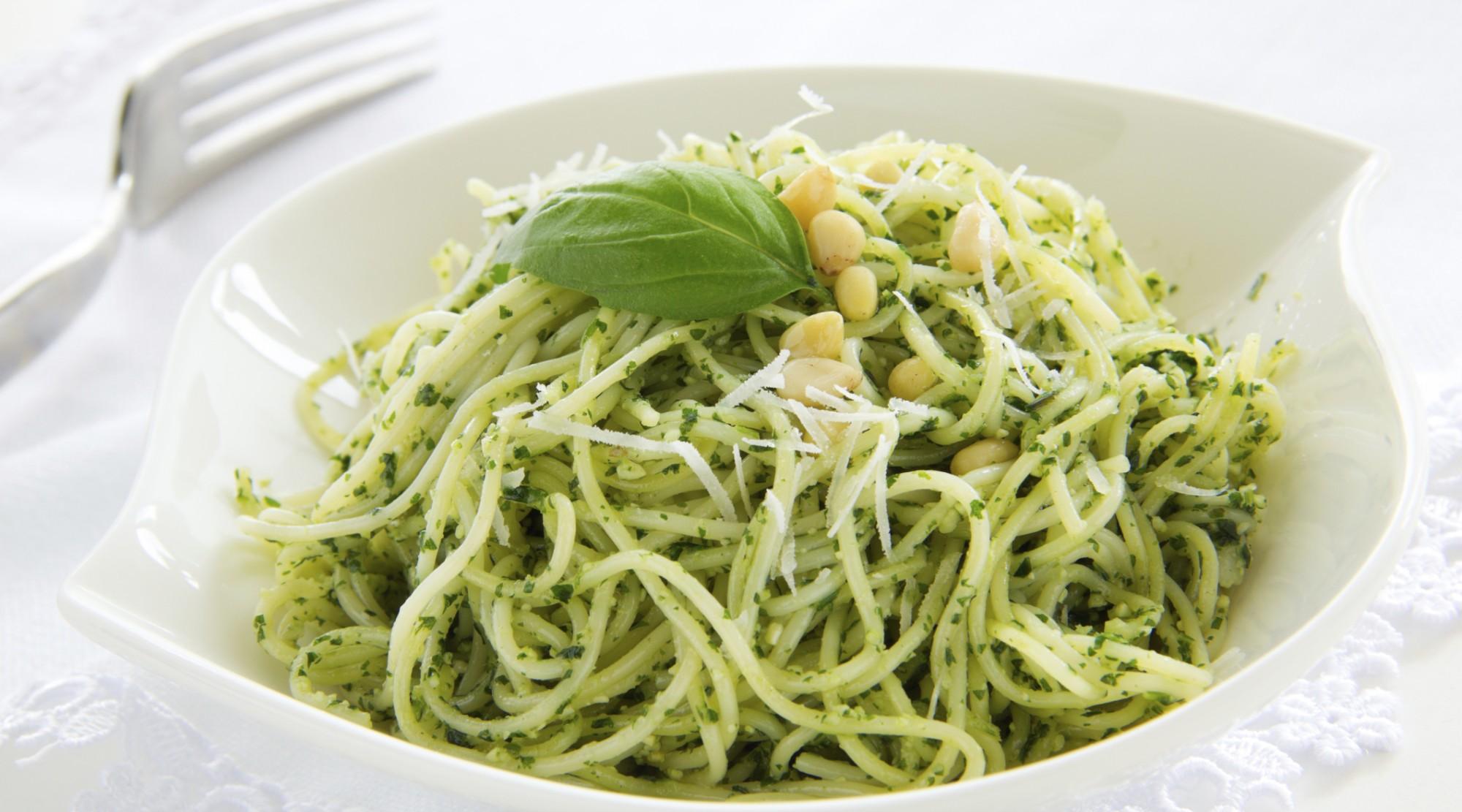 Pasta Pesto (v)