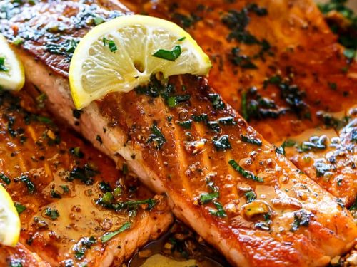 Crispy Salmon Fillet with White Whine Sauce
