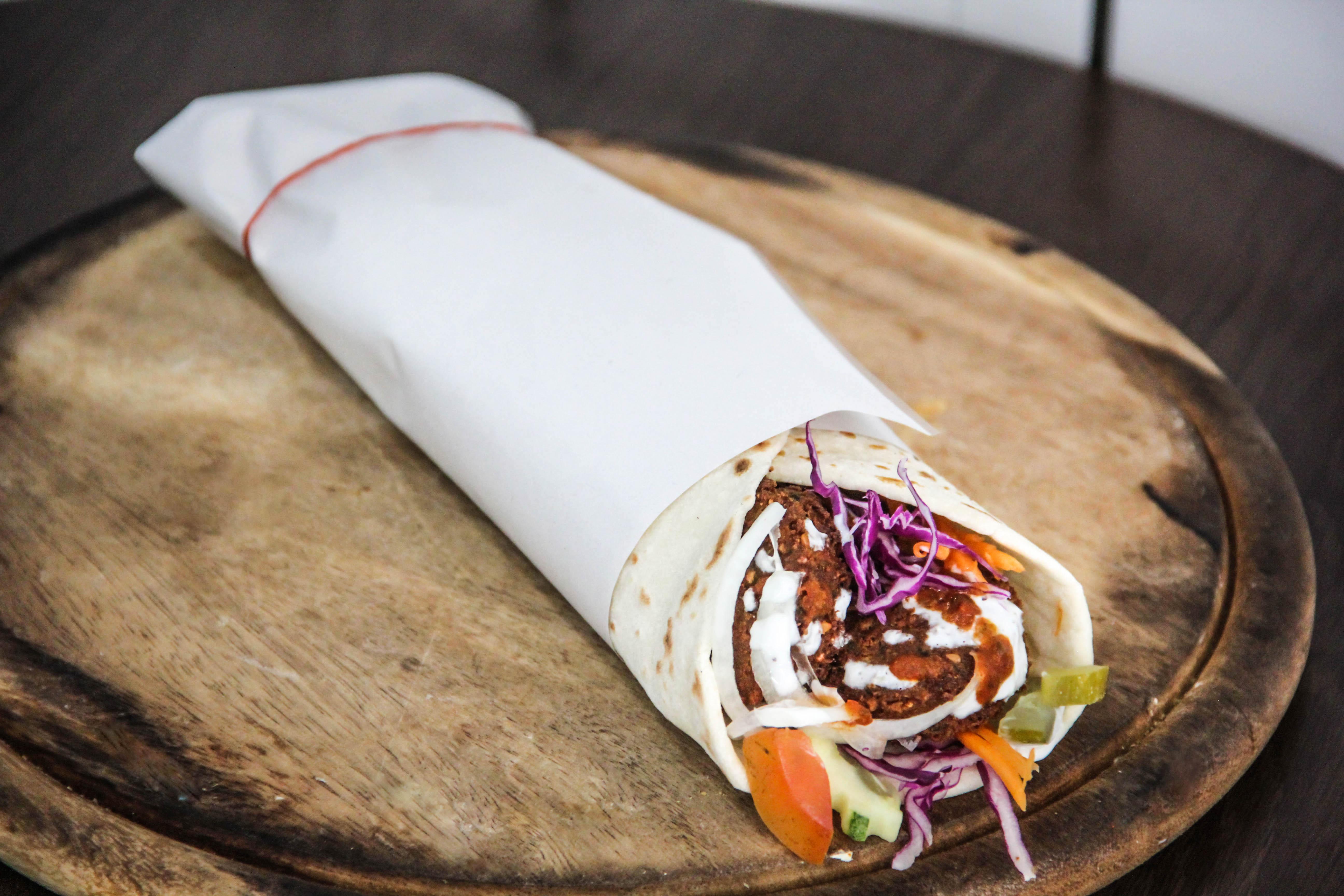 Falafel in Wrap