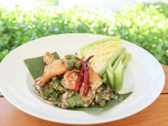 Isaan Laab (chicken salad)