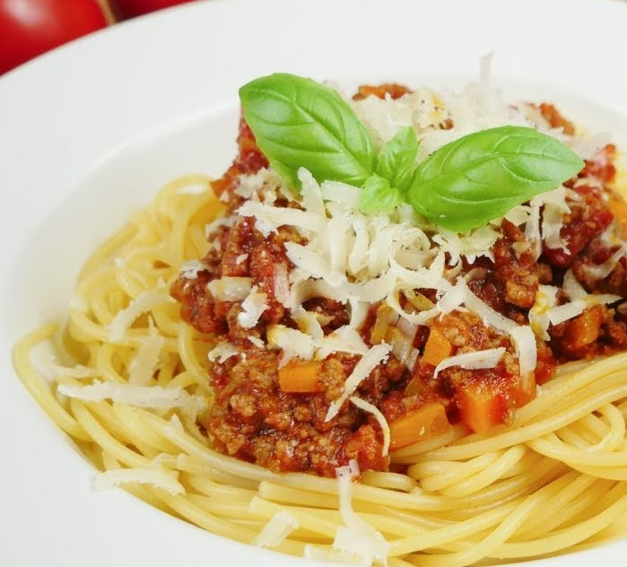 Pasta with homemdae Bolognese Sauce