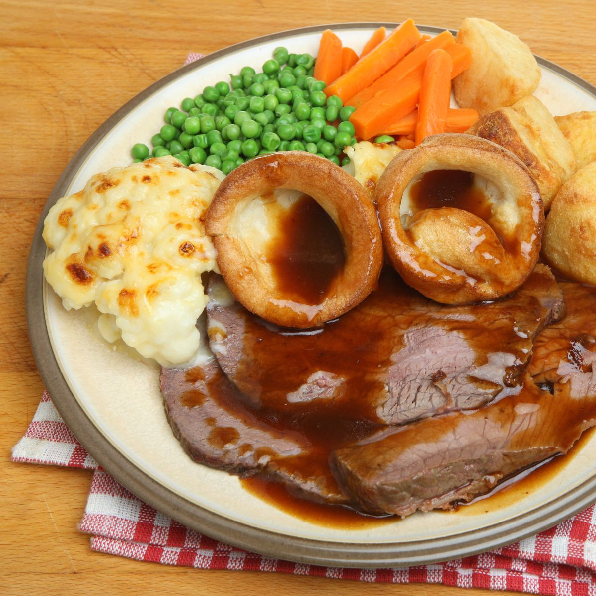 Sunday Roast Dinner ( Available until 4pm)