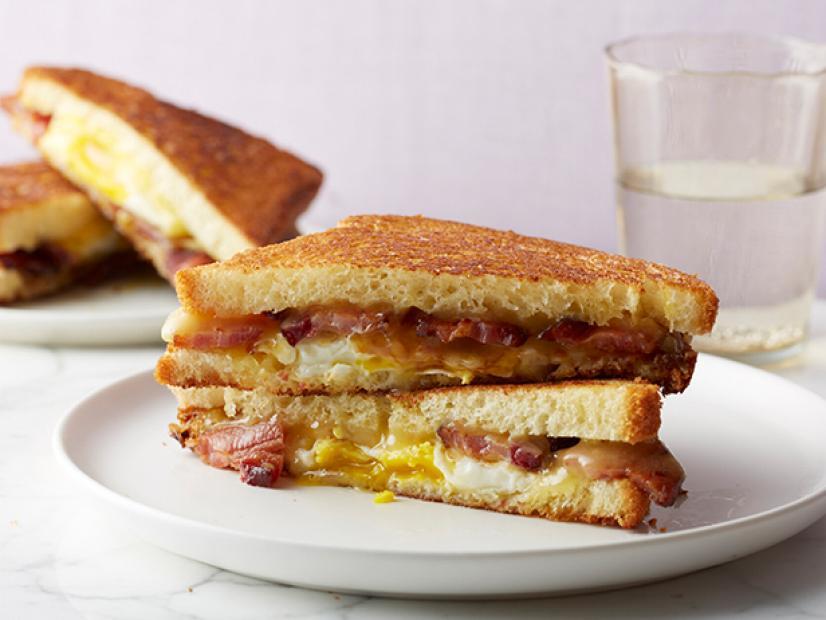 Bacon & Eggs Sandwich