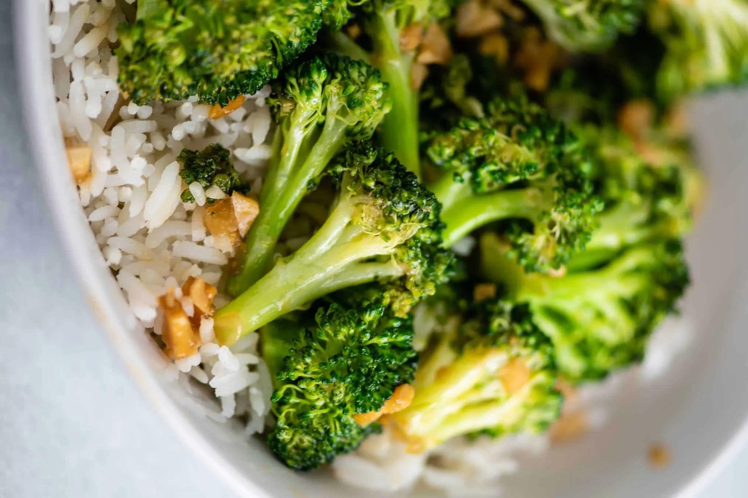 Stir Fried Broccoli with Rice