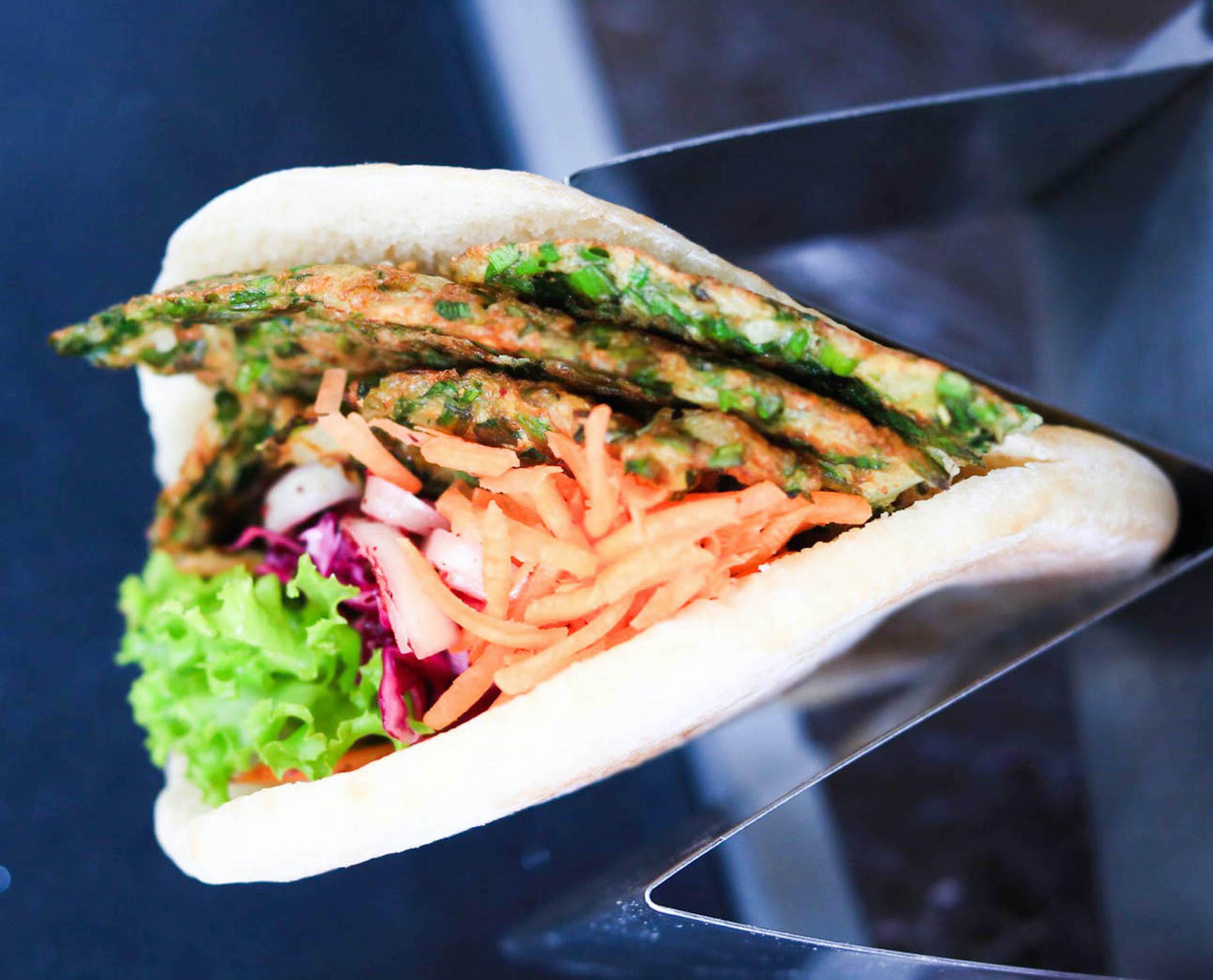 Green Omelet Sandwich